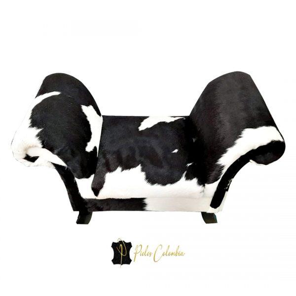 puff-con-piel-de-vaca-blanco-negro