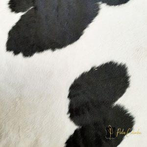 tapete-piel-de-vaca-blanco-negro-031